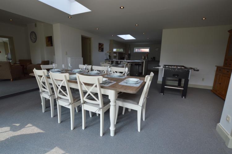 Het Bruegelhof - België - Limburg - 20 personen - eetkamer
