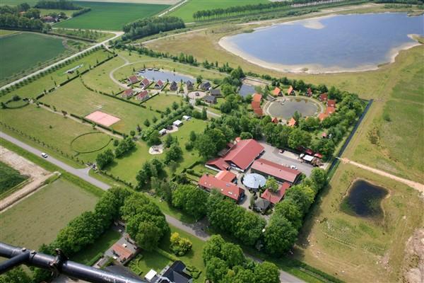 Overig LE009 - Nederland - Friesland - 24 personen afbeelding