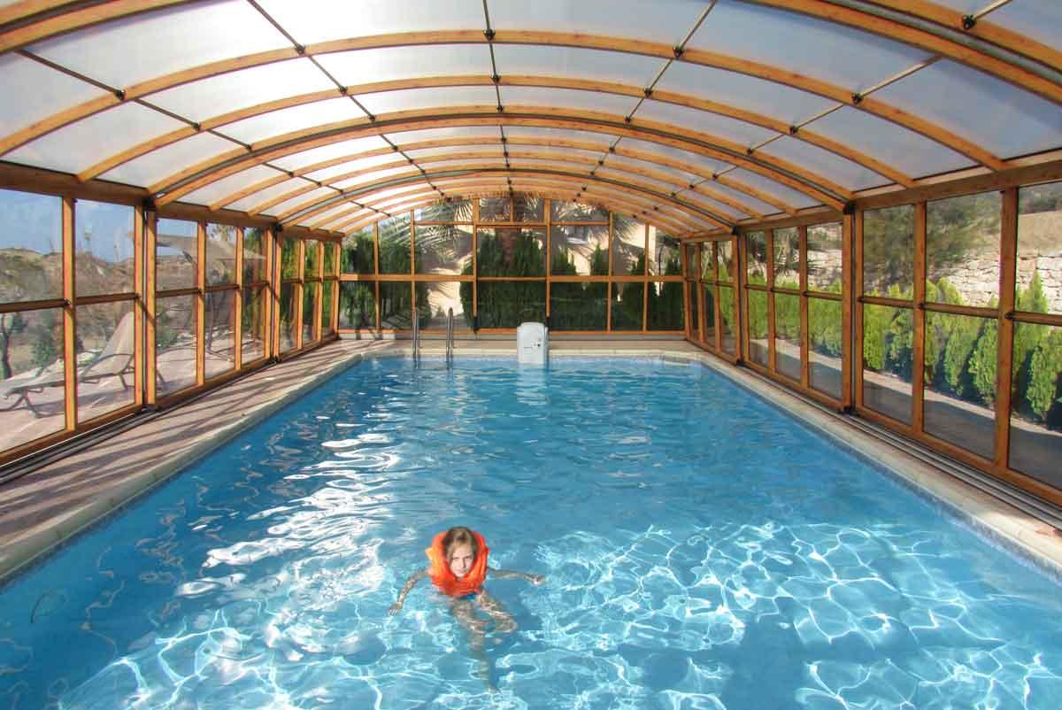 vakantiehuis met overdekt zwembad
